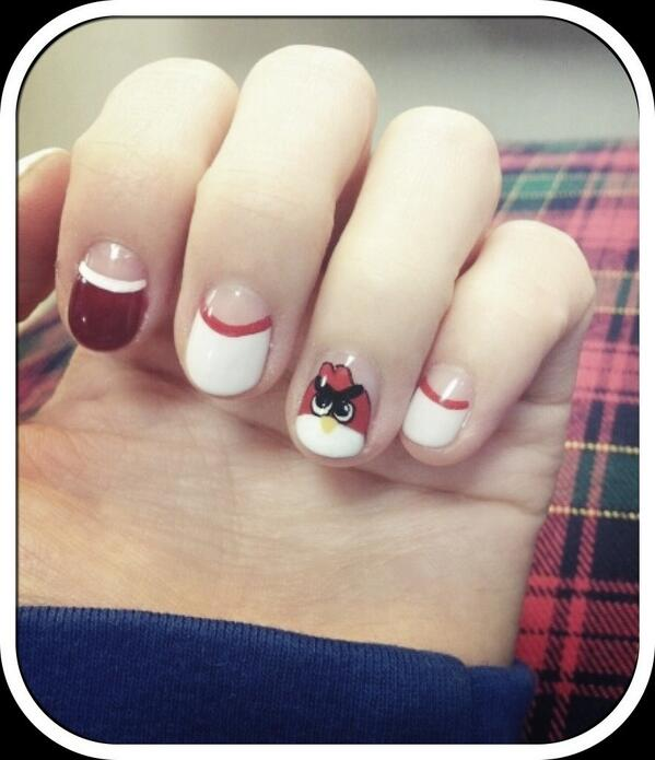 Twitter] (@krungy21) Red angry bird nails art | 2NE1 (Blackjack ...